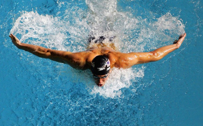 What is the best style of swimming in osteochondrosis of the cervical