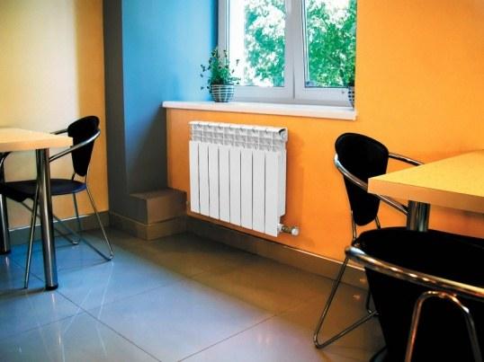 Алюминиевые радиаторы хорошо вписываются в интерьер