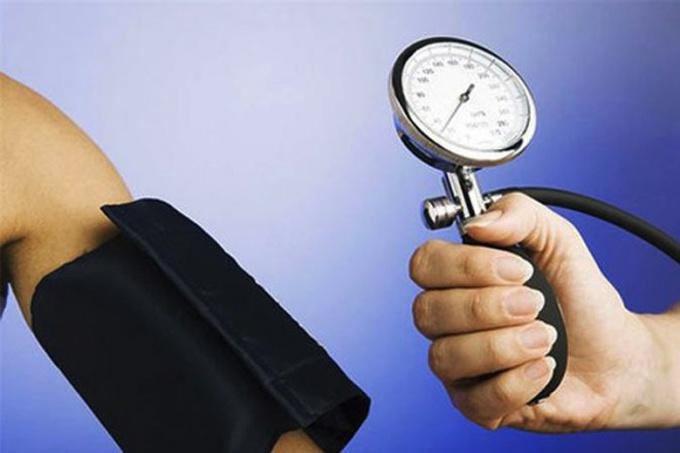 Высокое давление - основная причина инсульта и инфаркта