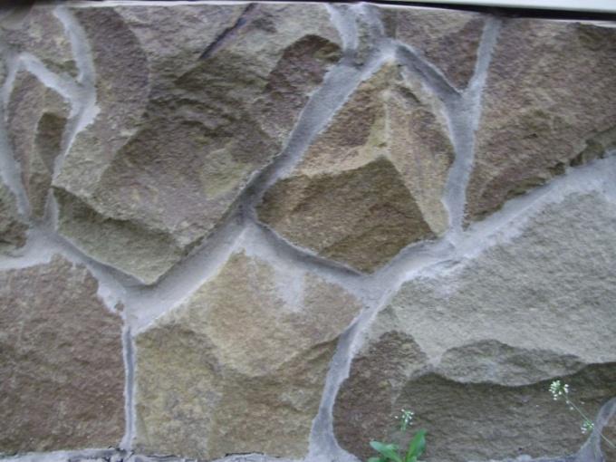 Склеиваем камень