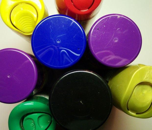 Какую краску выбрать для гипсокартона