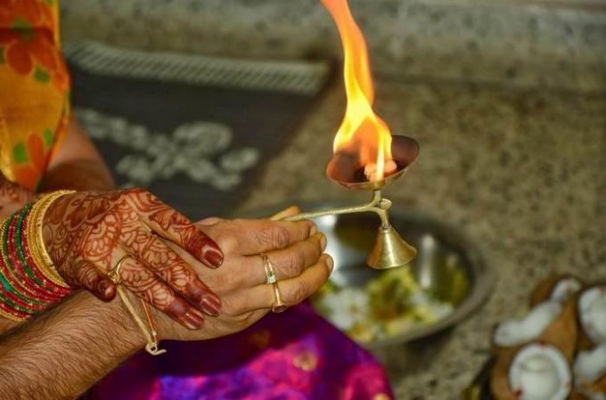 http://www.freeimages.com/pic/l/k/ks/ksasidhar/1438763_65271778.jpg