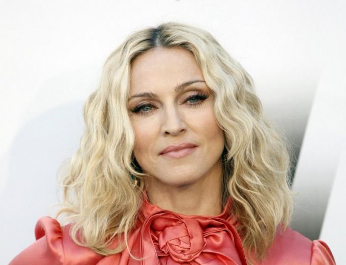 Как выглядеть так, как Мадонна?