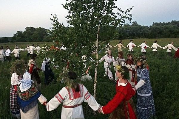 Современная реконструкция славянского языческого обряда