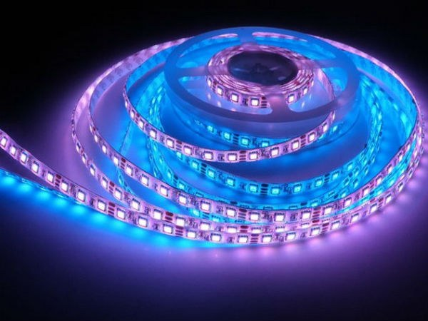 How to stick the led strip