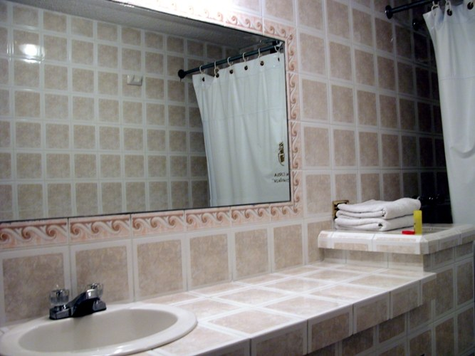 Как подобрать керамическую плитку для ванной