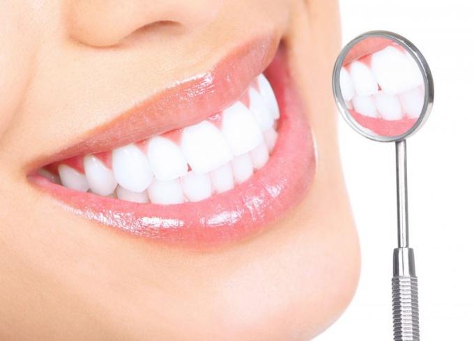 Зубы во сне - преимущественно неблагоприятный знак