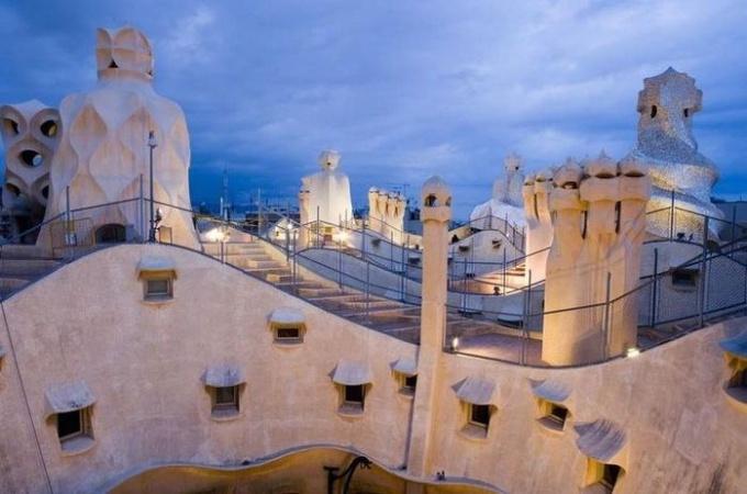 Как путешествовать по Барселоне