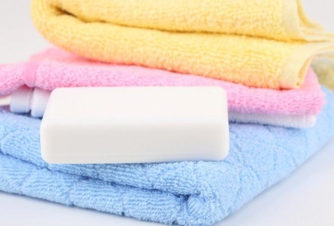 Универсальное средство для мытья полов