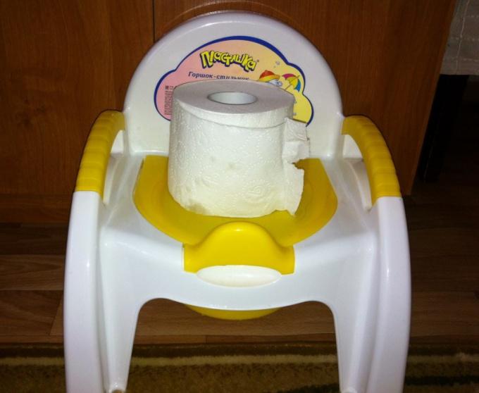Что делать, если у ребенка редкий стул