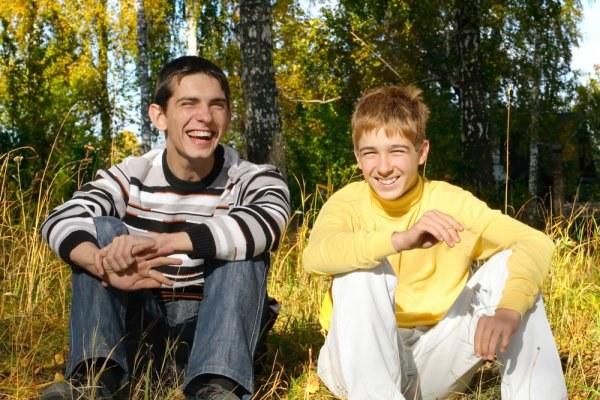 Мальчики-подростки