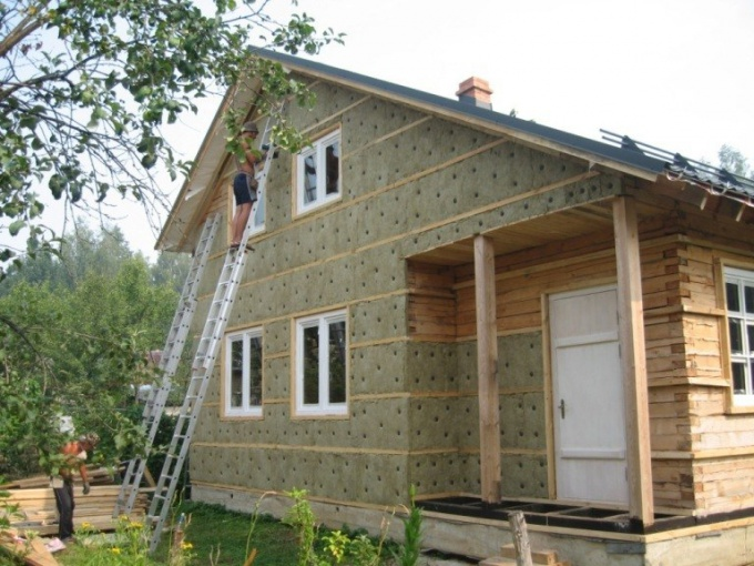 What insulation under siding to choose
