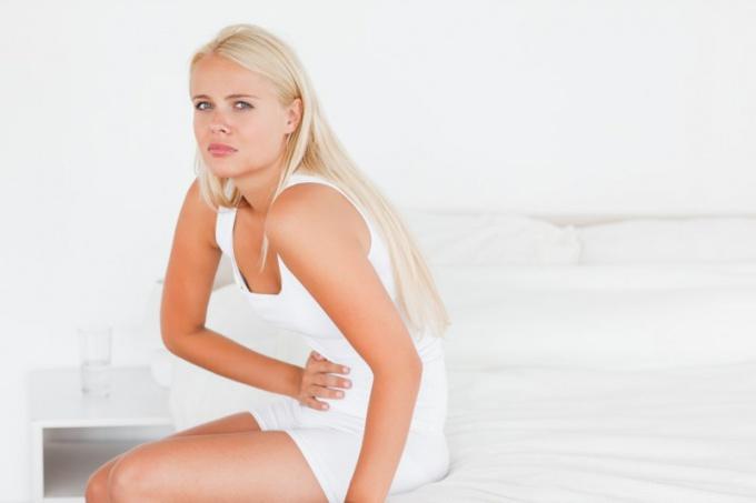 Temperature before menstruation - alarm or normal