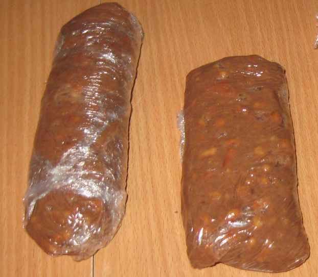 Сладкая колбаска с сюрпризом