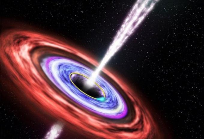 Черная дыра испускает гамма-лучи