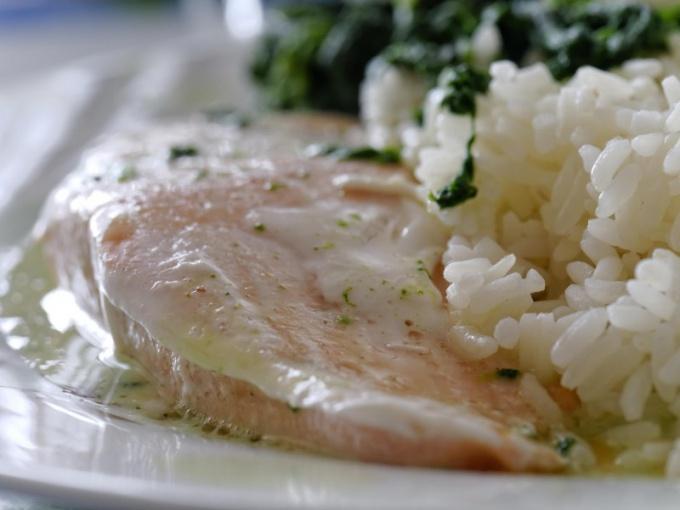 Горбуша, запеченная в фольге - вкусное и сытное блюдо