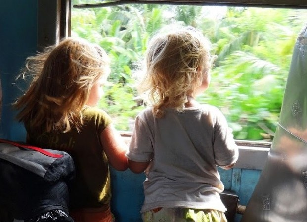 How to ride the train with a child 1.5 years