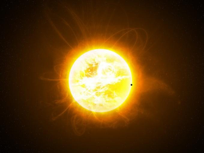 Каковы размер и масса Солнца