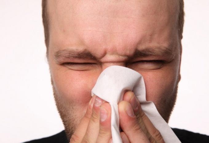 Почему может начаться кровотечение из носа