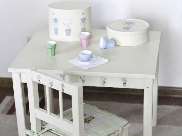 kak-sdelat'-detskiy-stolik-svoimi-rukami