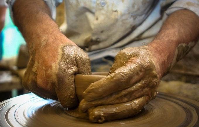Правильный глиняный раствор - залог качественного изделия.