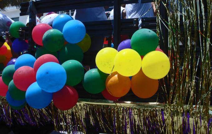 Для эстафеты подойдут шарики разной формы