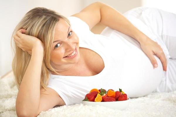 Какую функцию выполняет гормон прогестерон