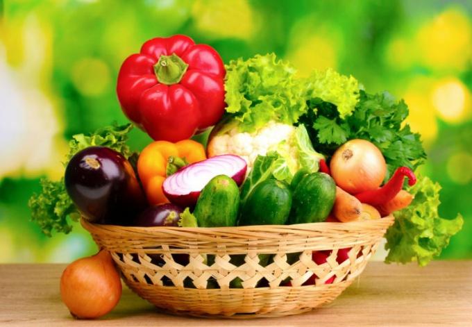 Салат латук: полезные и лечебные свойства