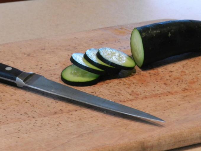 Огурец ˜— ингредиент рассольников и рагу