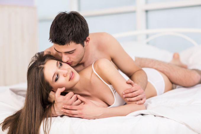 Молодая женщина секс его,так