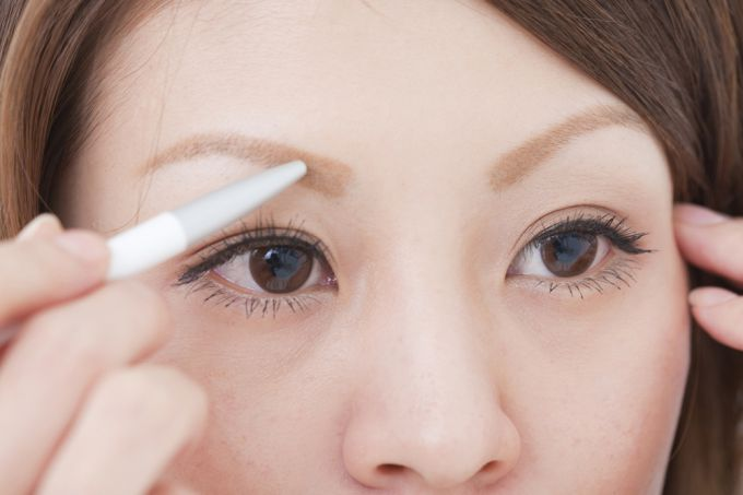 Eyebrow Pencil: use rules