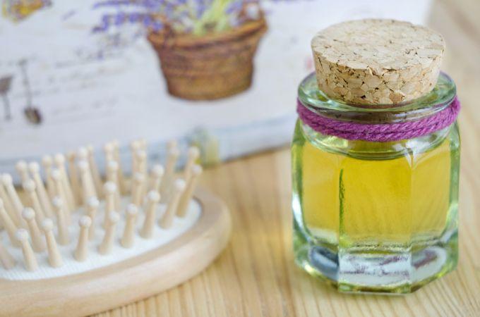 Касторовое масло: натуральное средство для укрепления волос