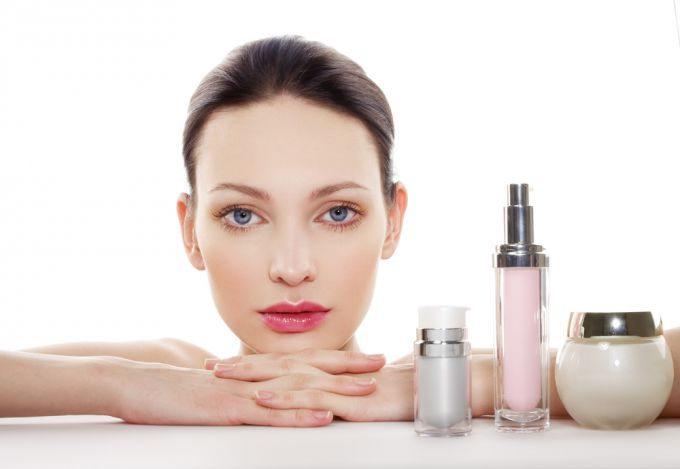 Corrector for the face: the rules of selection and use