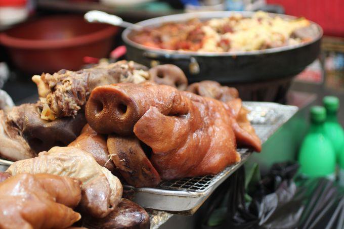 Свиная голова: нюансы разделки и приготовления, рецепты блюд