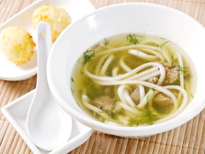 Готовим суп куриный с домашней лапшой