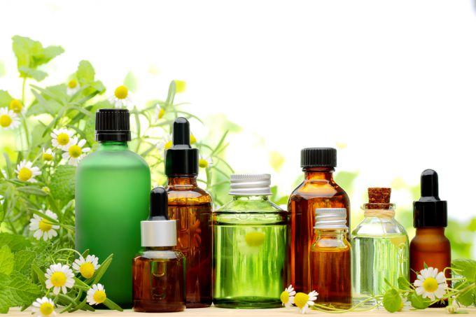 Effective oils for eyelash growth