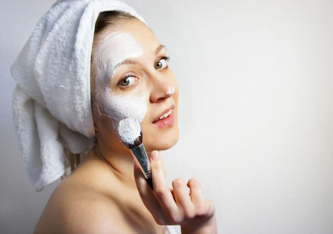 White clay for masks from acne