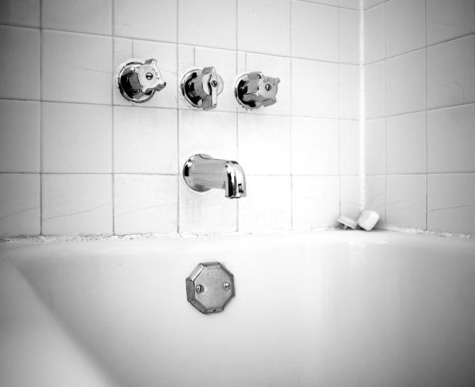 Грибок в ванной комнате: эффективные средства избавления