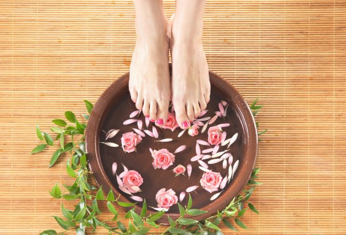How to make the legs healthy? Benefits and pleasure of SPA procedures