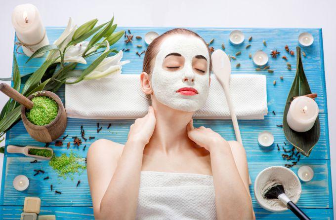 Как ухаживать за проблемной кожей лица при помощи домашних масок?