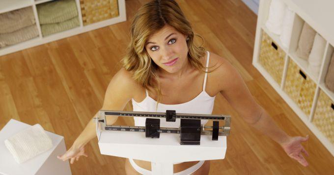 Какие факторы вызывают набор лишнего веса?