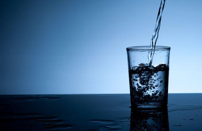 Мнение экспертов об употреблении воды: какая лучше?