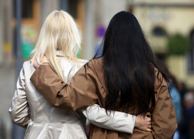 Неразлучные подруги: как подружиться с девушкой