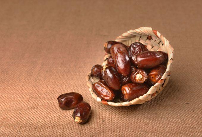 Полезные свойства и калорийность фиников