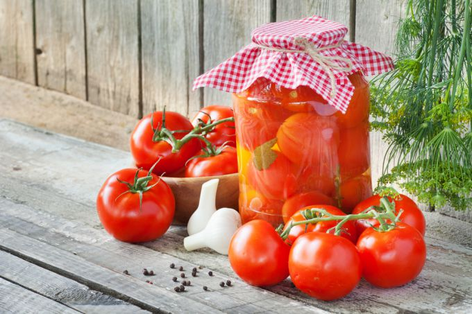 Помидоры маринованные: заготовки из помидор