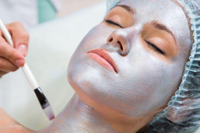 Рецепты масок для омоложения кожи шеи