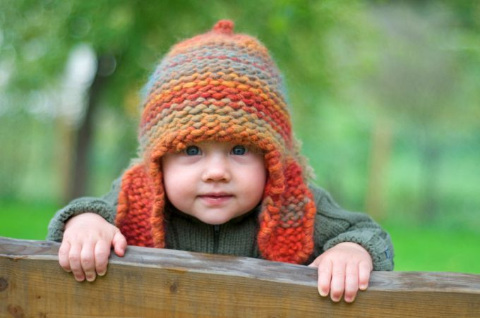 Самый легкой метод вязки детской шапочки на спицах