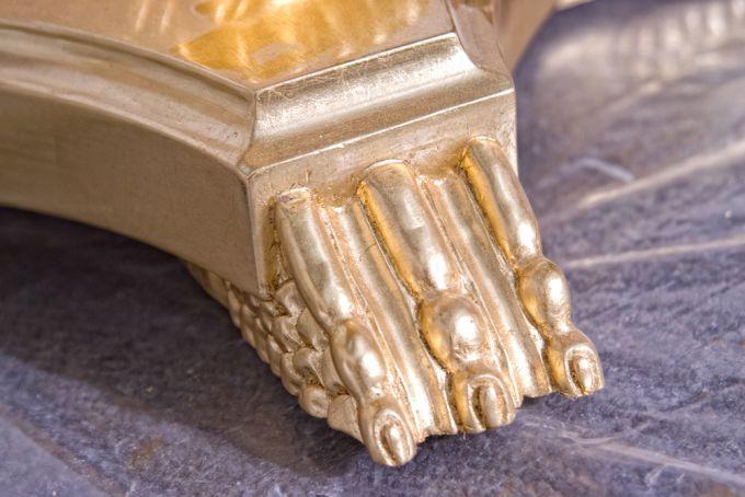 Способы устранения царапин на мебели