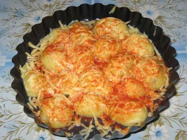 Delicious: potatoes with cheese