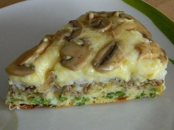 Слоеный перевернутый пирог с маринованными опятами